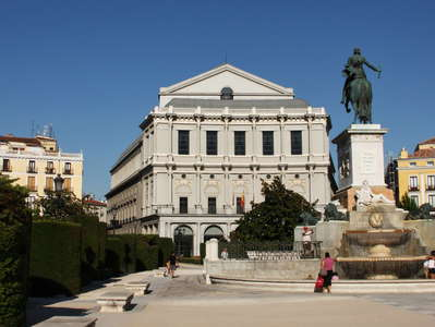 Madrid | Plaza de Oriente and Teatro Real