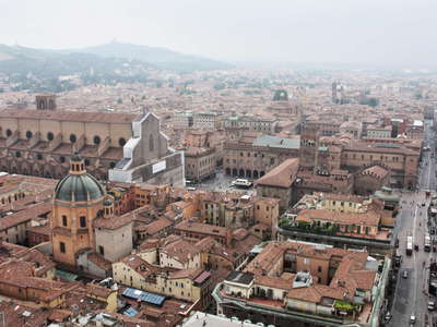 Bologna | Historic centre and Apennine