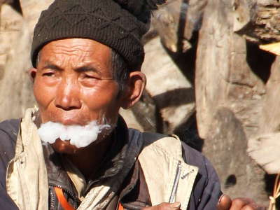 Kali Gandaki Valley  |  Smoking man