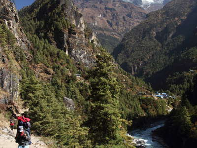 Dudh Khosi Valley and Thamserku