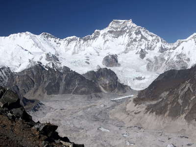 Gokyo Valley  |  Ngozumba Glacier with Gyachung Kang