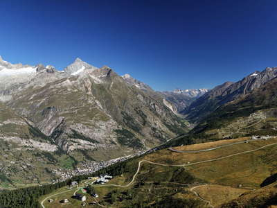 Zermatt  |  Mattertal with mountain panorama