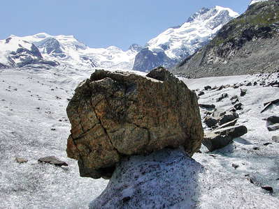 Morteratschgletscher  |  Ice sheltered by rock
