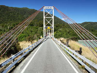 Karangarua River  |  Suspension bridge