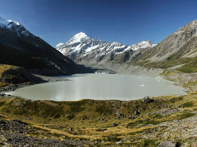 Hooker Lake and Aoraki / Mt. Cook