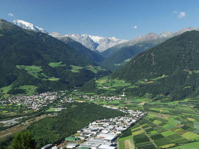 Vinschgau Valley | Prad and Ortler