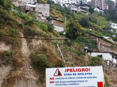Quito  |  Hazardous place