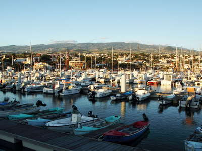 Saint-Pierre  |  Port de Plaisance