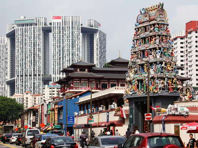Chinatown  |  South Bridge Road and Sri Mariamman Temple