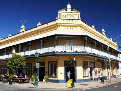 Maryborough  |  Post Office Hotel