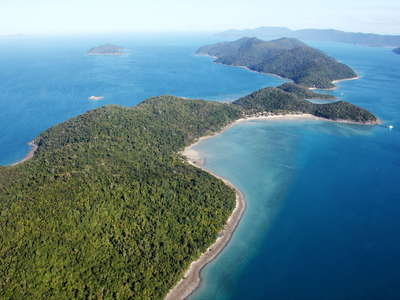 Whitsunday Islands  |  Long Island