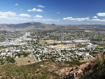 Townsville  |  Suburbs and Mt. Stuart