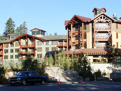 Mammoth Lakes  |  Hotel