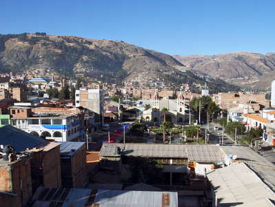 Huaraz  |  Urban landscape with Plaza and Iglesia de Belén