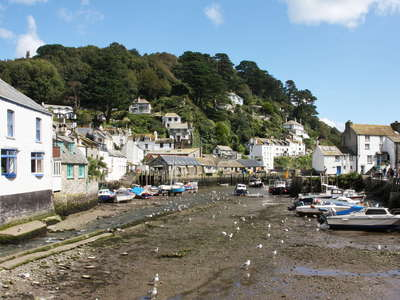 Polperro  |  Inner Harbour at low tide