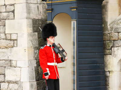 Windsor Castle  |  Queen's Guard