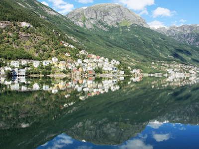 Sørfjorden with Kalvanes   |  Reflections