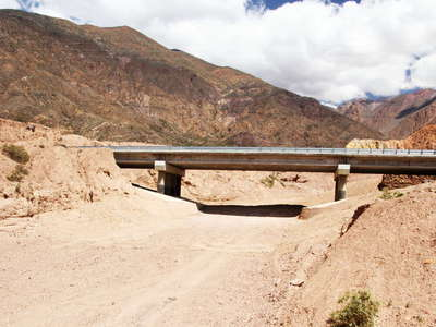 Valle Mendoza  |  Reconstructed road bridge