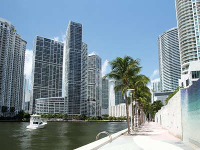 Miami | Mami River with Brickell