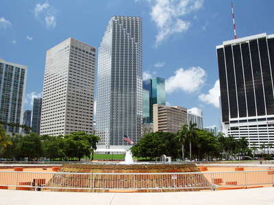Miami | Pepper Fountain and CBD
