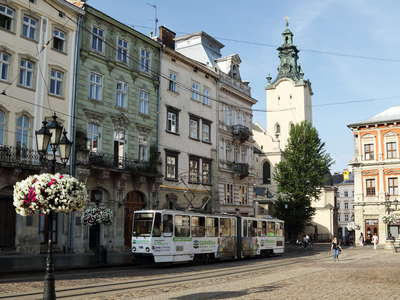 Lviv | Rynok Square with tramway
