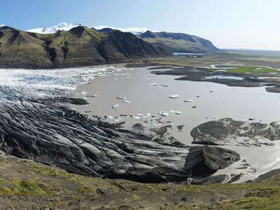 Skaftafellsjökull with proglacial lake