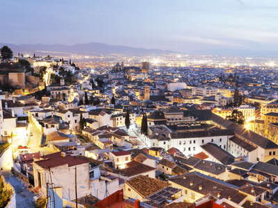 Granada | Historic centre at night